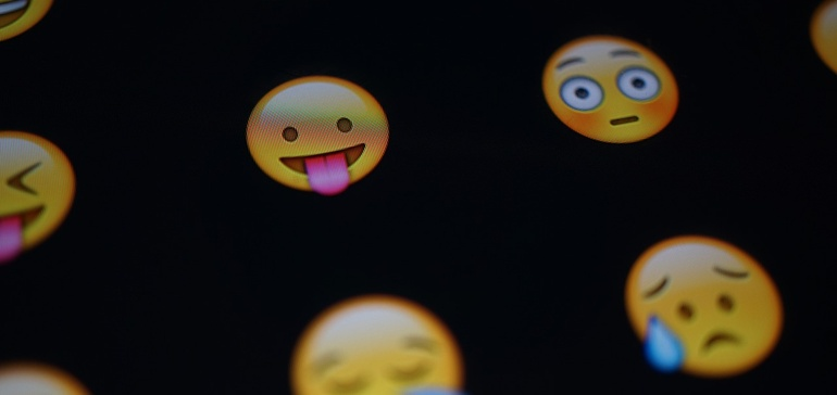 Study: Emoji drive open rates for push notifications 254%