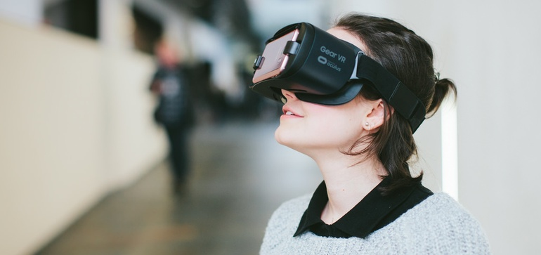 Apple buys virtual reality content startup NextVR